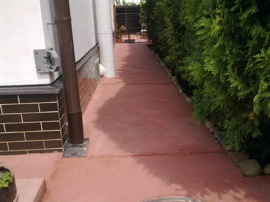 Barevný beton